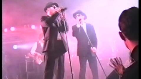 Thumbnail for entry Årsfest 1997. Underholdning. Blues Brothers souvenir show