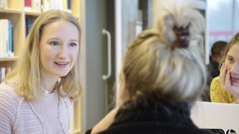 Miniatyrbild för inlägg Fredrika läser Statsvetarprogrammet